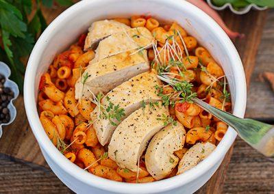 Hörnchen mit Tomatensauce und Huhn | Meal Prep mit Fleisch