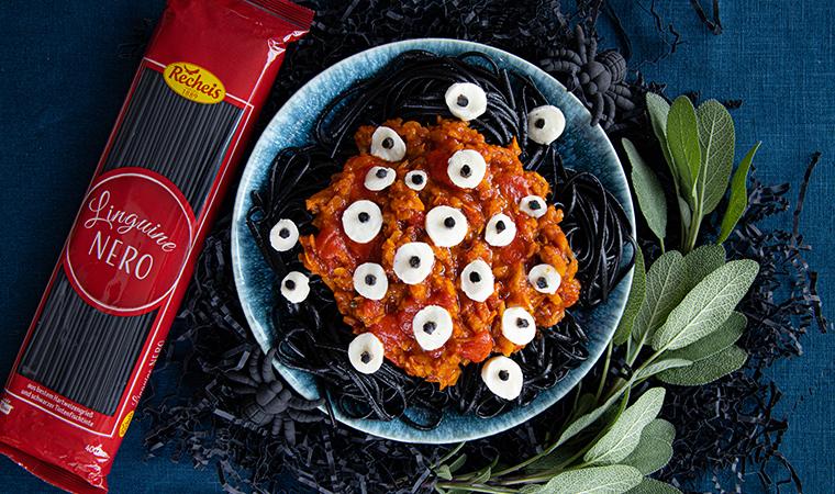 linguine-nero-viel-augenmonster-kuerbis-tomatensauce-rezept