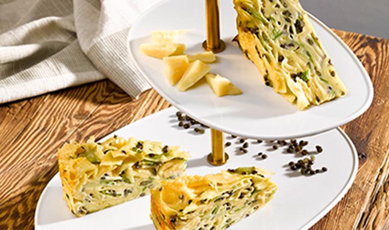 Pappardelle Torte mit Belugalinsen