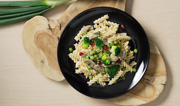 rezept-low-carb-dralli-pilzrahm-erbse-brokkoli-gemuese