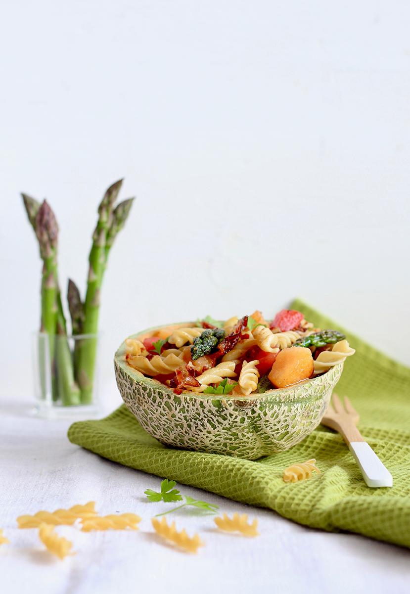 rezept-low-carb-nudel-spargel-salat-melone-speck