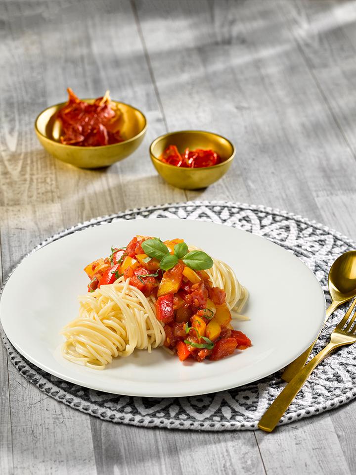 rezept-spaghetti-lunghi-tomaten-paprika-basilikum-sauce