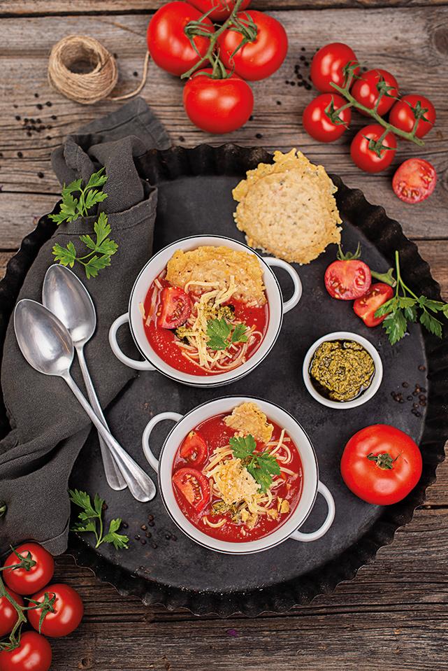 rezept-tomaten-nudelsuppe-parmesancracker