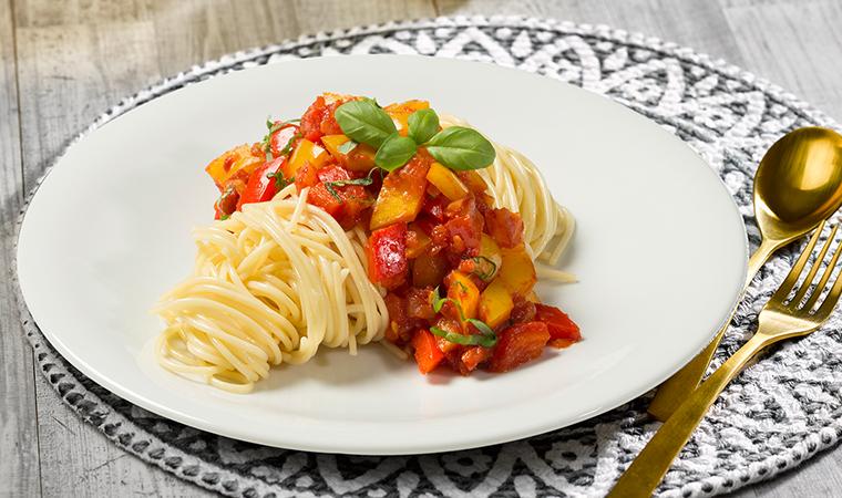 Spaghetti Lunghi mit Paprika-Tomaten-Basilikum Sauce