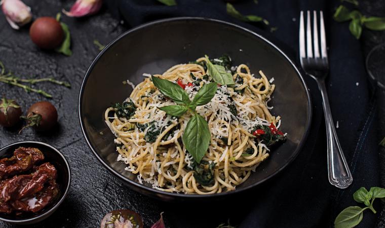 Spinat Vollkornspaghetti mit Pfiff