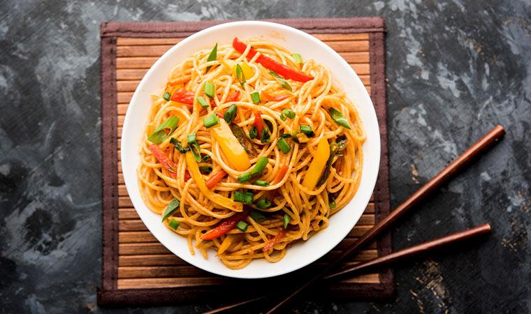 Chow Mein mit Gemüse