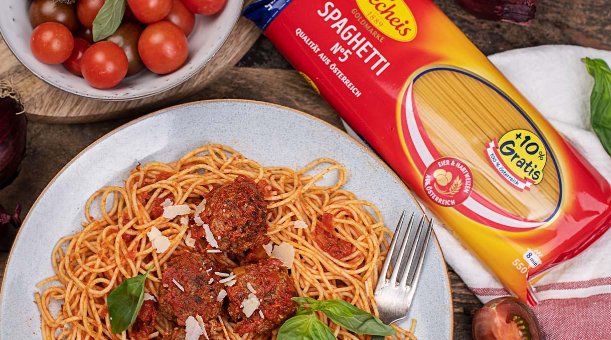 vorschau-rezept-spaghetti-mit-fleischbaellchen