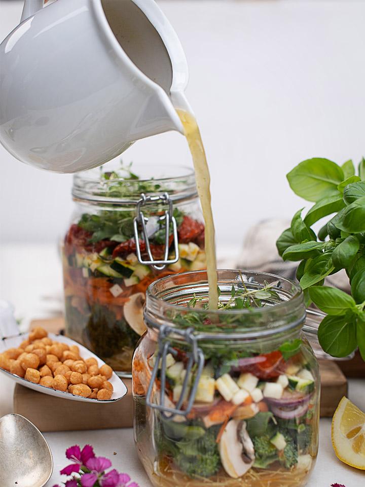 rezept-instant-nudelsuppe-vegan