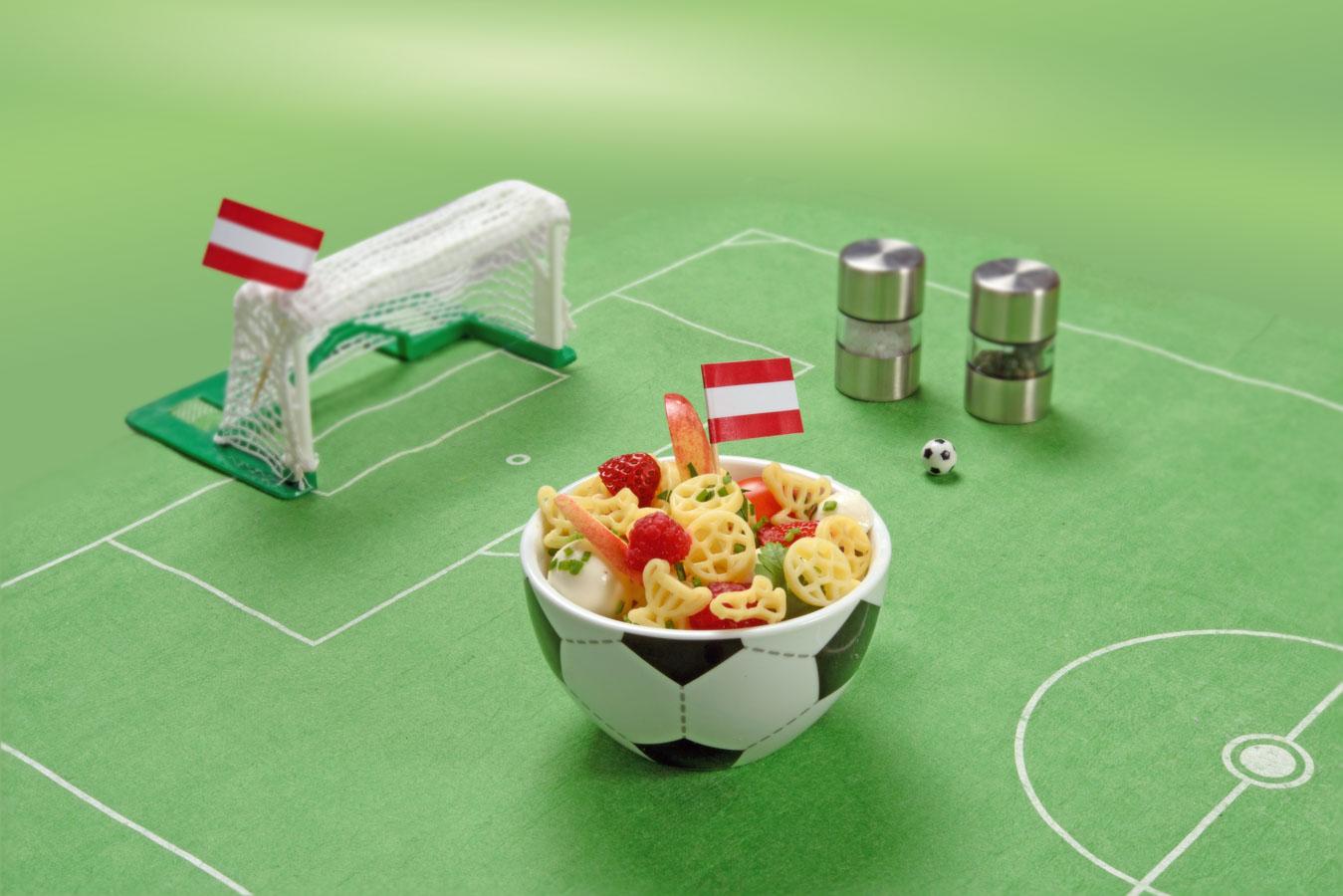 fruchtiger-fussball-nudelsalat-rezept