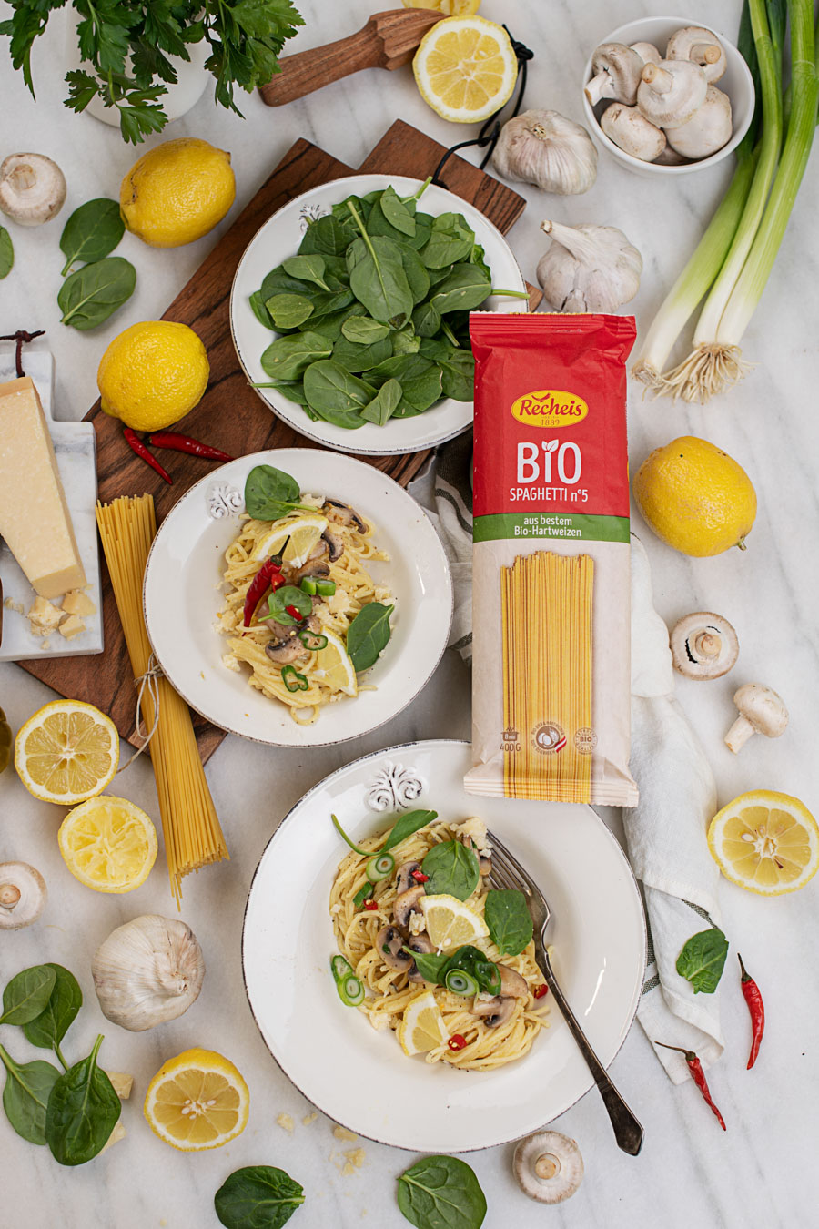 zitronennudeln-mit-champignons-und-spinat-rezept