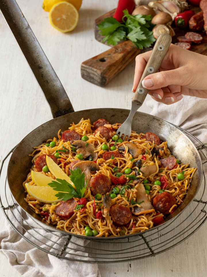 nudel-paella-mit-chorizo