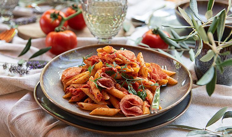Salami Penne| würzig, pikant & superschnell